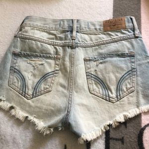 Hollister Shorts - High waisted short shorts
